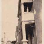 30-02 Dunmore Lane with John Gomez on balcony 1930 (1)
